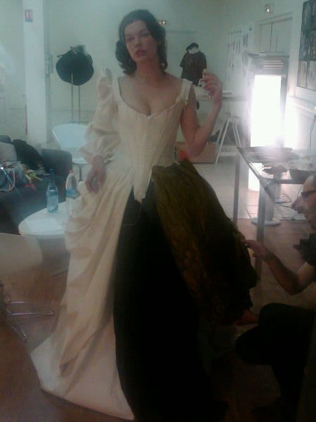 three_musketeers_milla_jovovich_costume_test_02