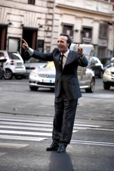 to-rome-with-love-movie-image-roberto-benigni