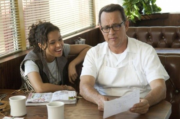 tom-hanks-gugu-mbatha-raw-larry-crowne-image-2
