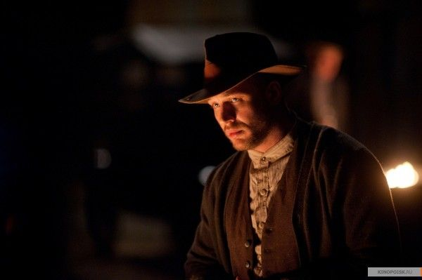 tom-hardy-lawless-image