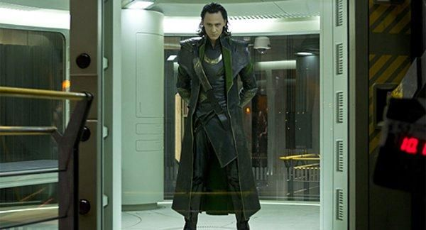 tom-hiddleston-the-avengers-image
