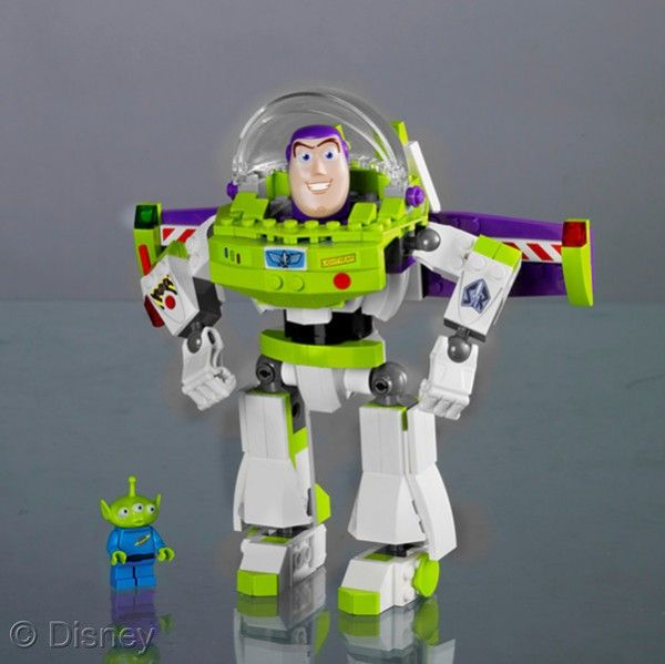 Toy Story Construct a Buzz Lego