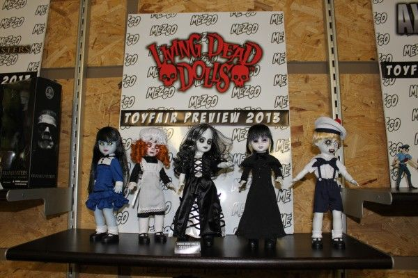 toyfair-2013-living-dead-dolls