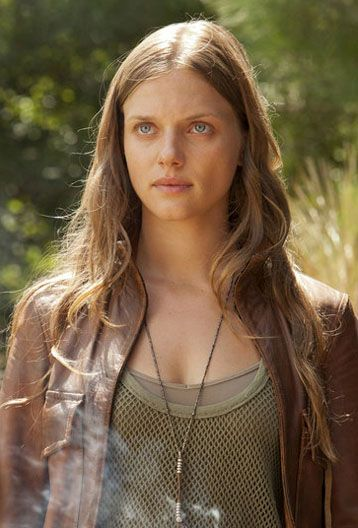 tracy spiridakos instagram