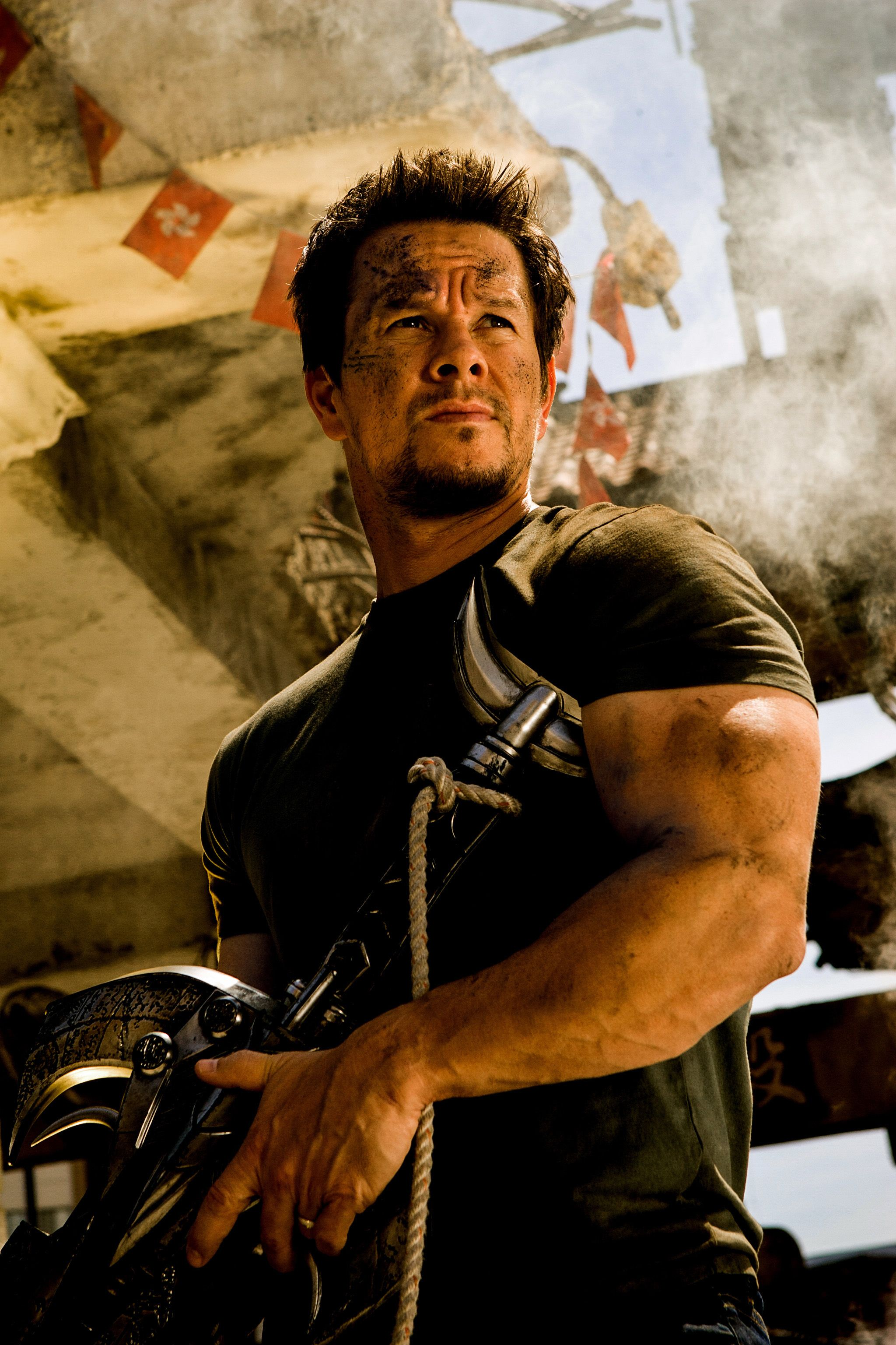 Transformers 5: Mark Wahlberg Thinks Michael Bay Will ...