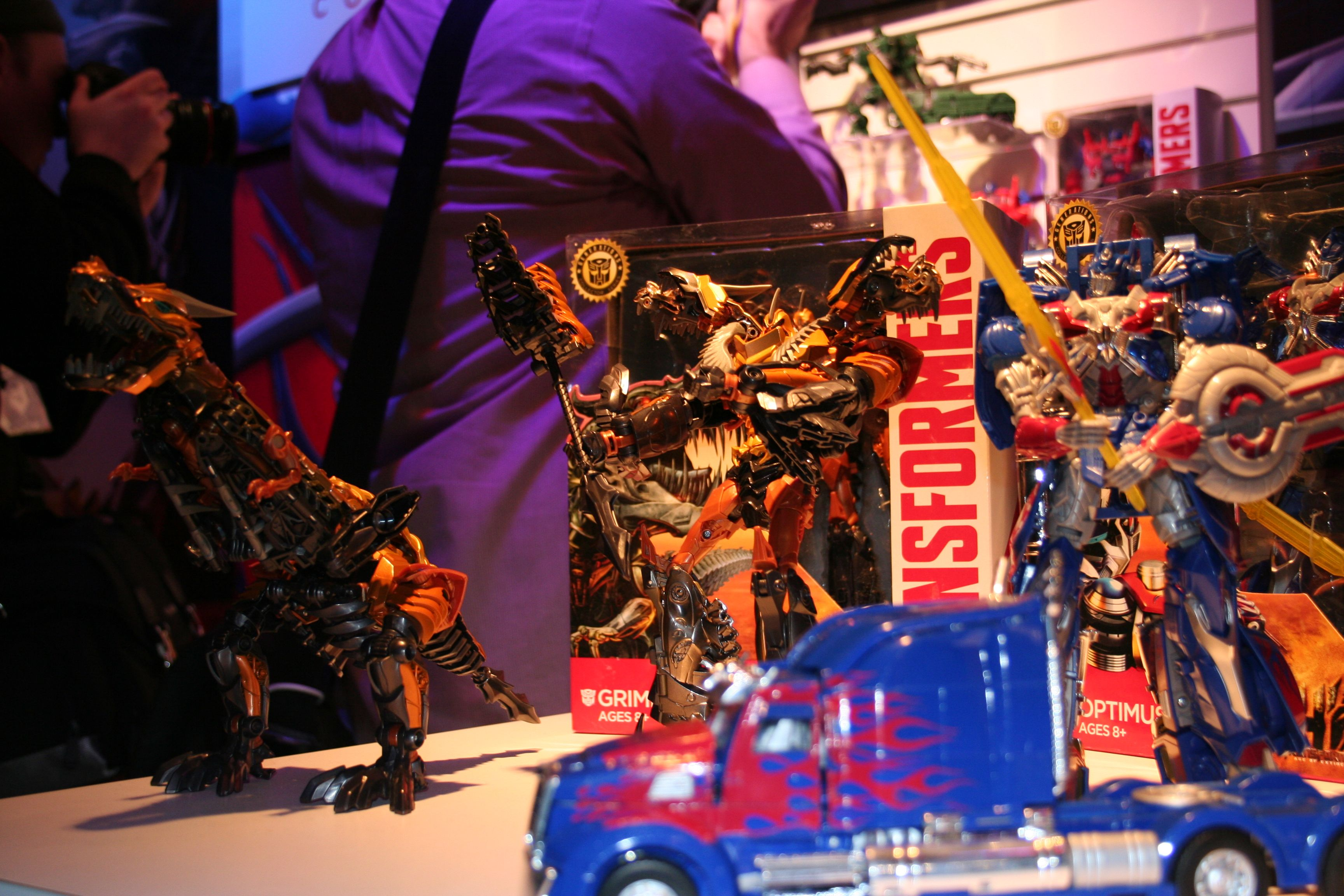 Toys For 4 : Transformers age of extinction toys and action figure