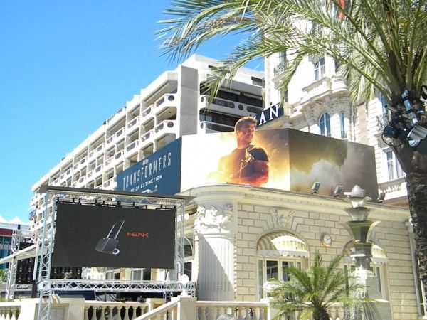 transformers-4-poster-mark-wahlberg-cannes-2014