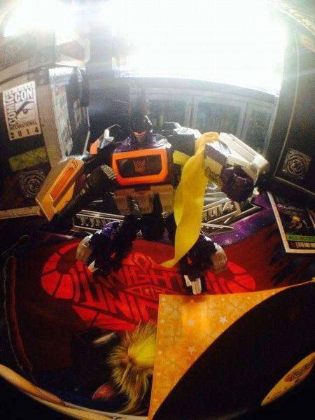 transformers comic con breakfast (38)