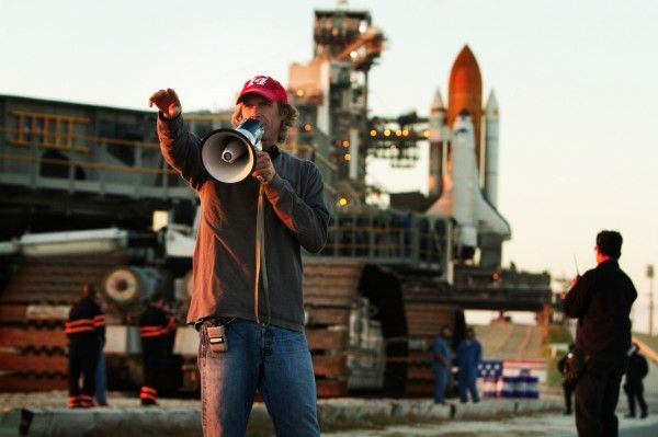 michael-bay-transformers-4-image
