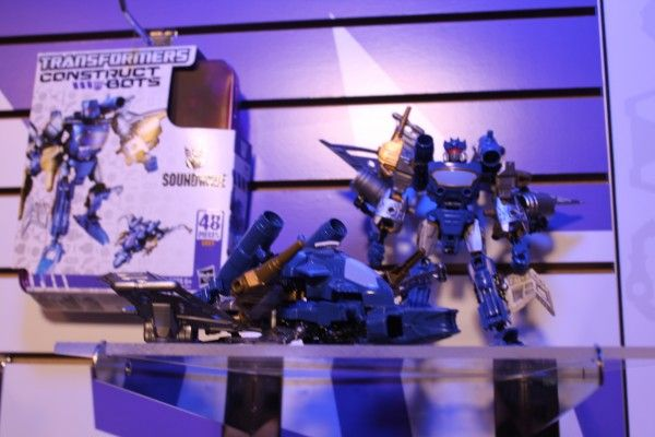 transformers-images-toy-fair (16)