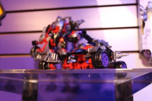 transformers-images-toy-fair (17)