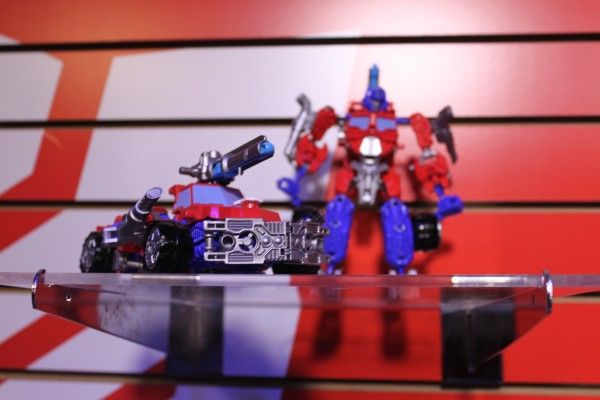 transformers-images-toy-fair (19)