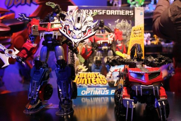 transformers-images-toy-fair (2)