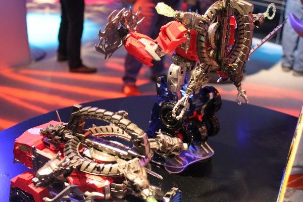 transformers-images-toy-fair (22)