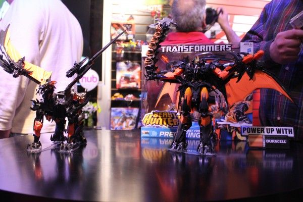 transformers-images-toy-fair (3)