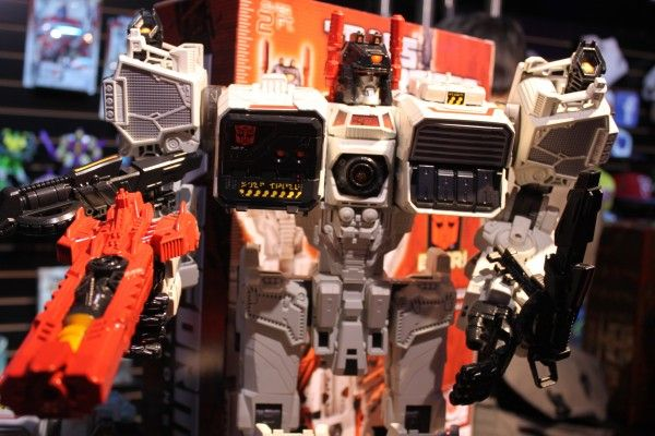transformers-images-toy-fair (32)