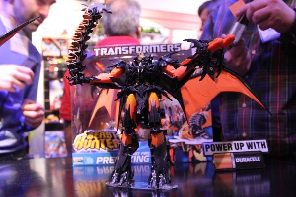 transformers-images-toy-fair (4)