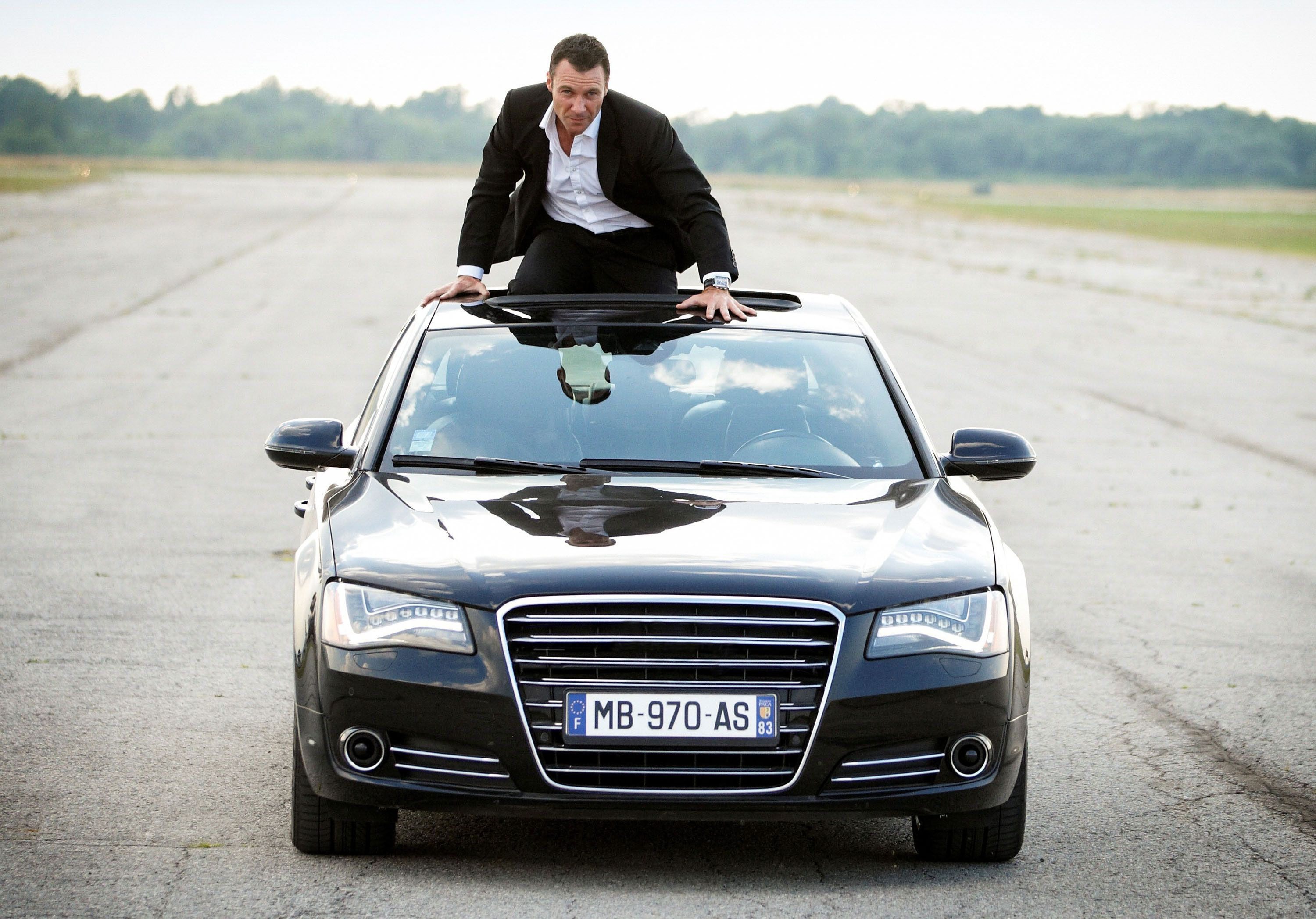 Chris Vance Talks Transporter: The Series and Taking Over ...