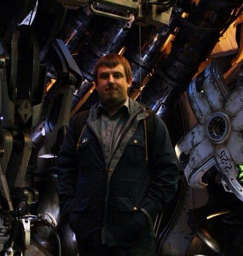 travis-beacham-pacific-rim-set-photo
