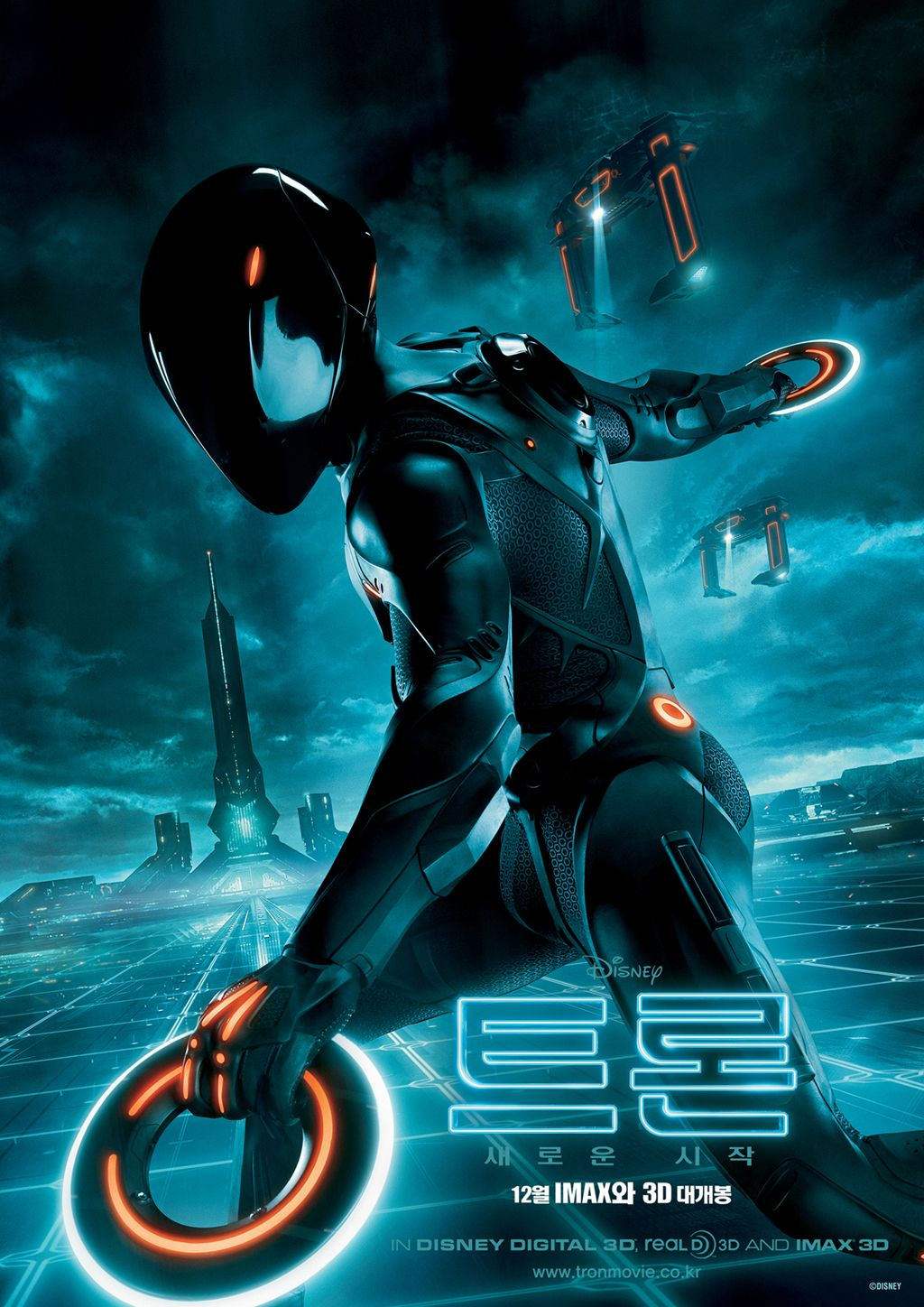 is disney close to green lighting a sequel to tron: legacy? | collider