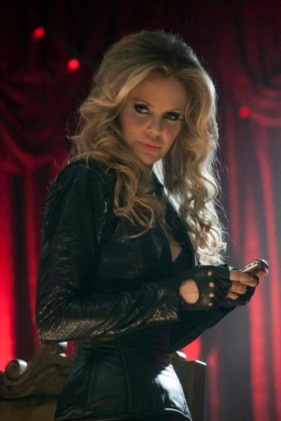 true-blood-season-5-kristin-bauer-von-straten