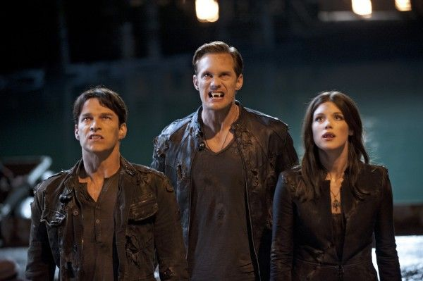 true-blood-stephen-moyer-alexander-skarsgard-lucy-griffiths