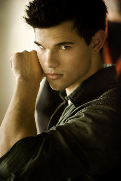 taylor-lautner-grown-ups-2