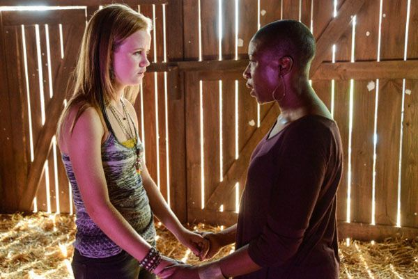 under-the-dome-image-mackenzie-lintz