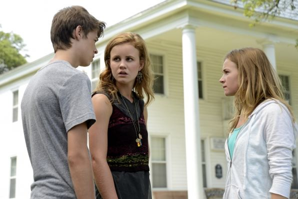 under the dome let the games begin colin ford mackenzie lintz britt robertson