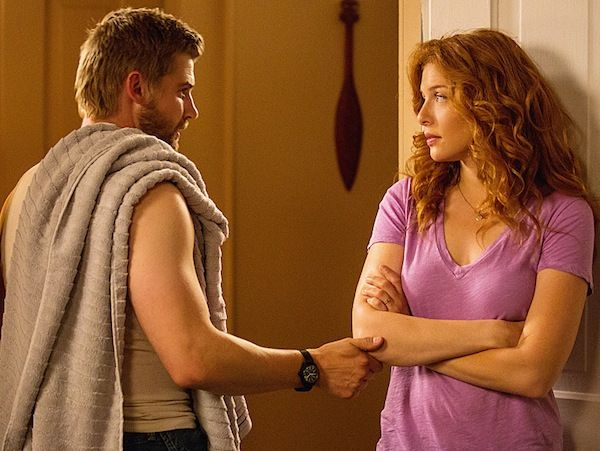 under-the-dome-manhunt-mike-vogel-rachelle-lefevre