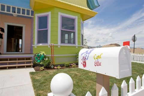"A Replica of The House of Carl and Ellie at ""Up"""