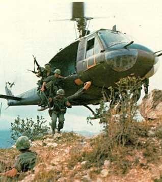 vietnam-helicopter