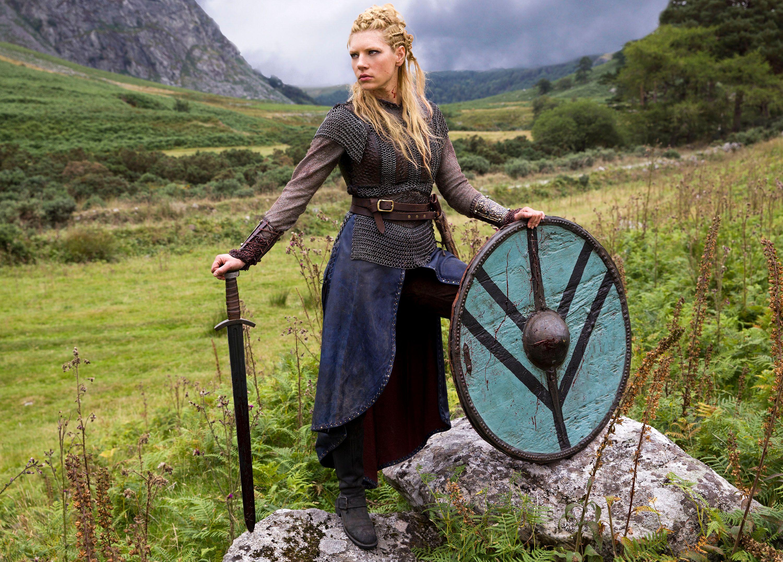 image Katheryn winnick vikings 3