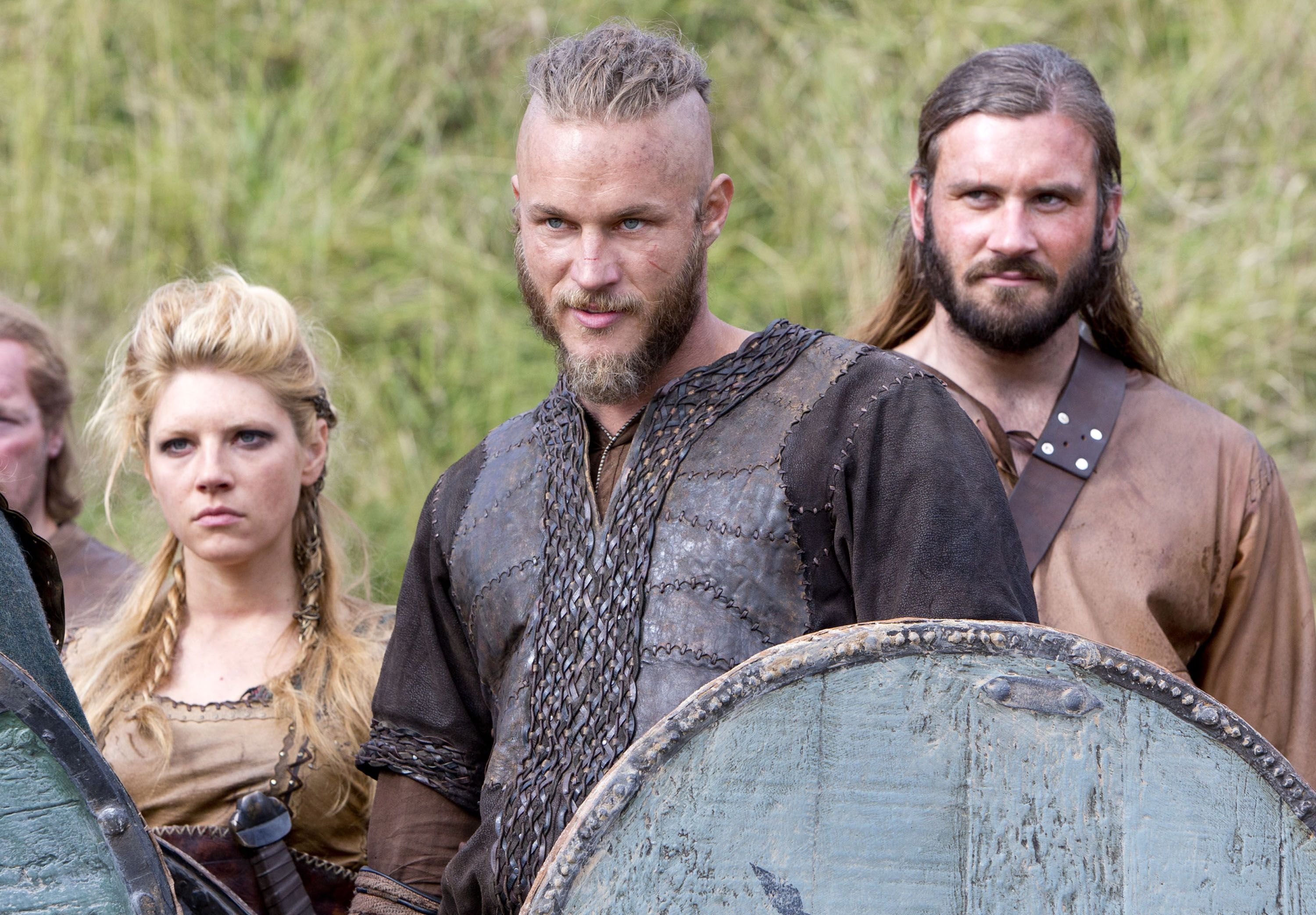 Vikings Season 3 Interview: Travis Fimmel and Clive ...