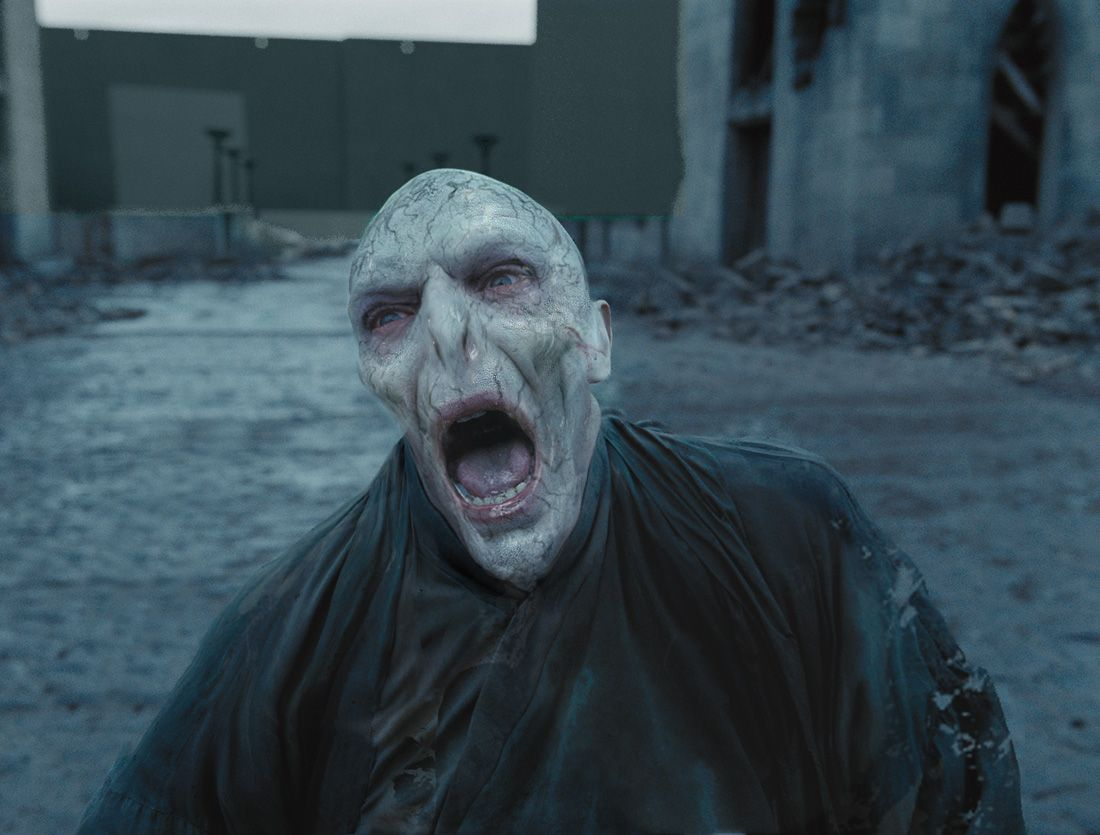 HARRY POTTER AND THE DEATHLY HALLOWS – PART 2 Voldemort