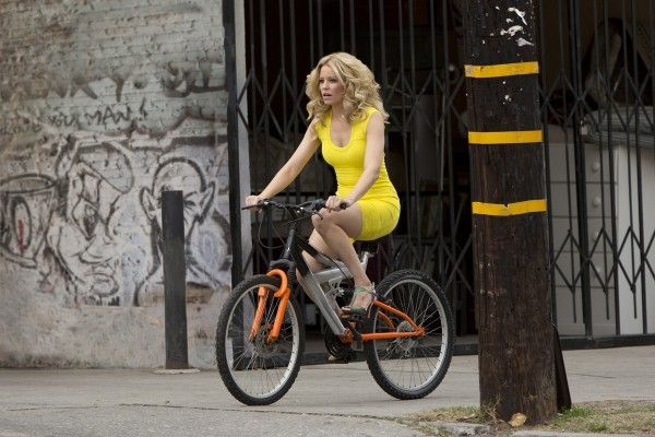 walk-of-shame-elizabeth-banks