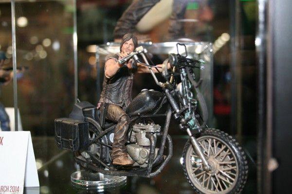 walking-dead-mcfarlane-toy-image (1)