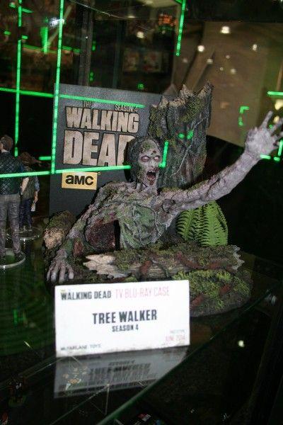 walking-dead-mcfarlane-toy-image (6)