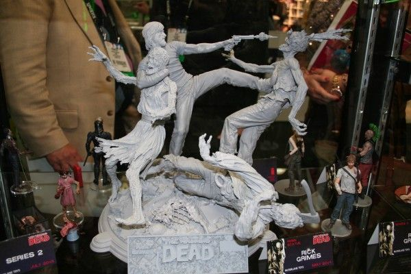 walking-dead-mcfarlane-toy-image (9)