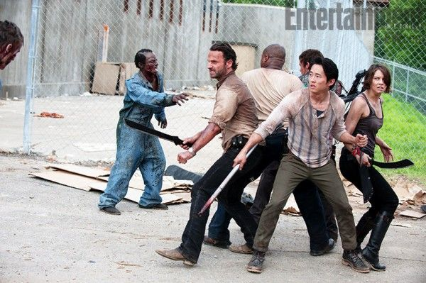 walking-dead-season-3-prison