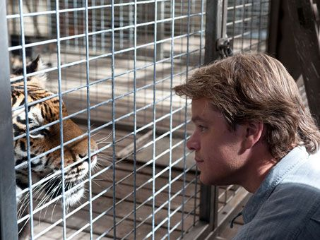 we-bought-a-zoo-movie-image-matt-damon-01