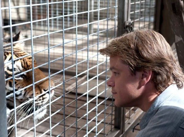 we-bought-a-zoo-movie-image-matt-damon-03