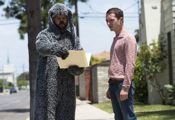 wilfred-season-3-jason-gann-elijah-wood