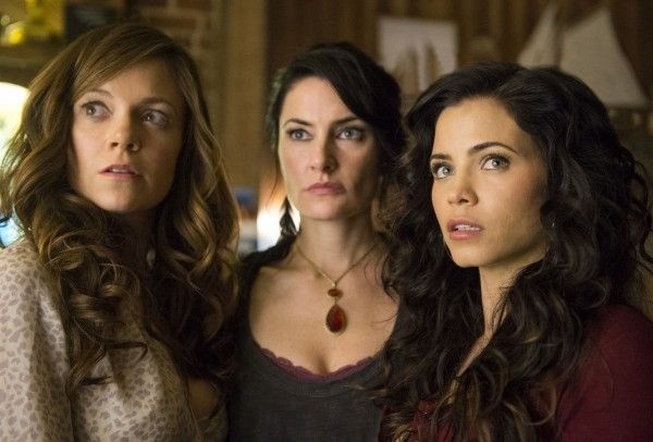 witches-of-east-end-season-2