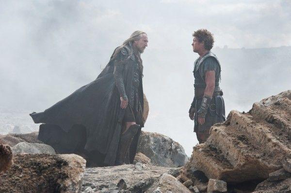 wrath-of-the-titans-ralph-fiennes-sam-worthington