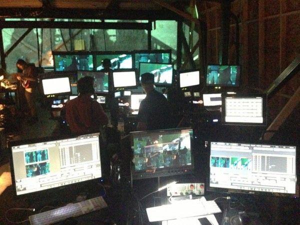 x-men-days-of-future-past-3d-simul-cam-computers-set-photo