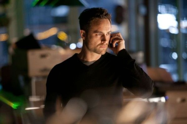 xiii-the-series-image-stuart-townsend-01