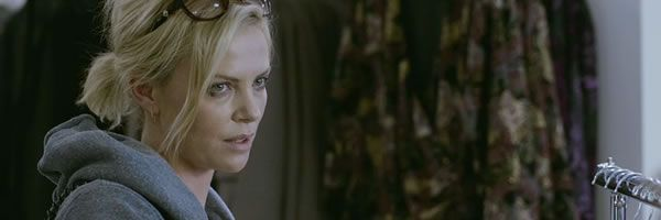 young-adult-movie-image-charlize-theron-slice